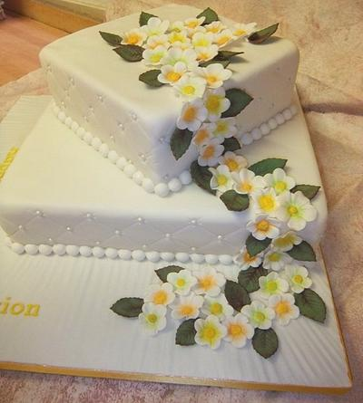 60th Birthday Cake with Trailing Flowers - Cake by Carol Vaughan