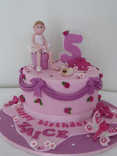Ballerina Zaice - Cake by SugarAllure