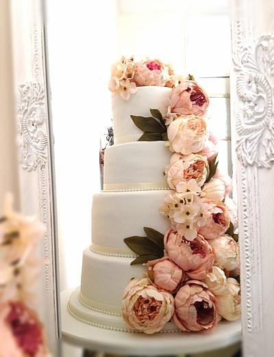 Peony galore! - Cake by Say it with Cakes