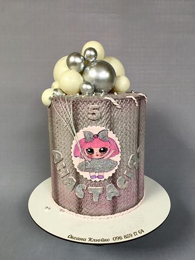 LOL - Cake by Oksana Kliuiko