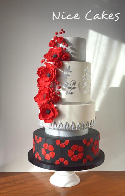 Red and silver wedding cake - Cake by Paula Rebelo