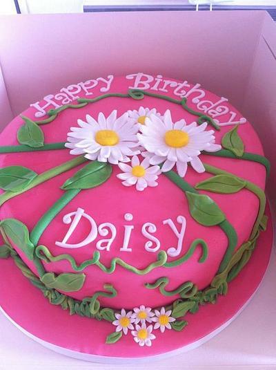 daisy cake - Cake by Amanda Forrester