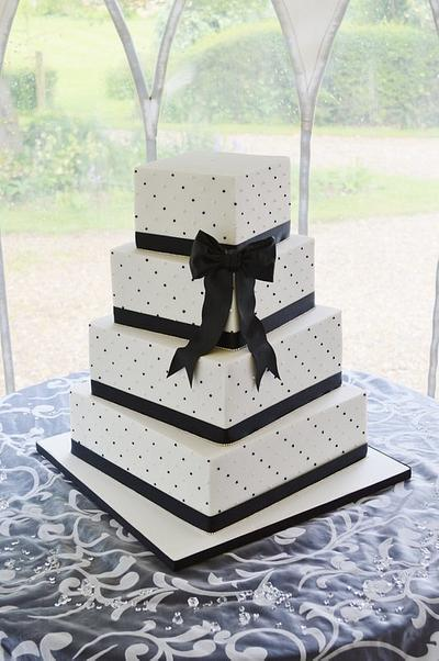 Black and White piped pearls & bling - Cake by Krumblies Wedding Cakes