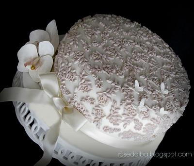 Confirmation of Arianna and her cake ... all improvised 'last time ... - Cake by Rose D' Alba cake designer