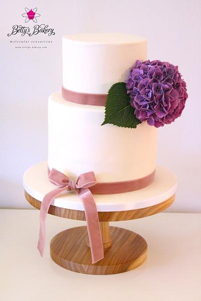 """Hydrangea Love"" - Cake by Betty's Bakery (molecular sensations)"