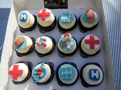nurses cupcakes - Cake by Sonia