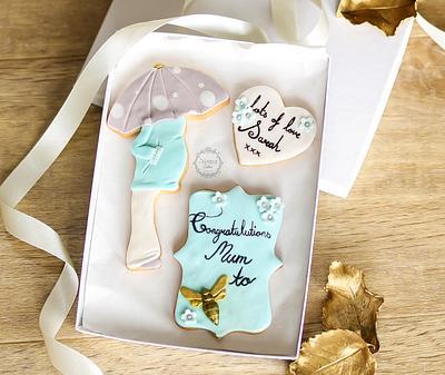 Mum to Bee - Cake by Estrele Cakes