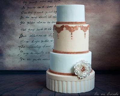 Bronze peony wedding cake - Cake by Carmen