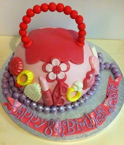 Handbag for a little one! - Cake by CakeDIY