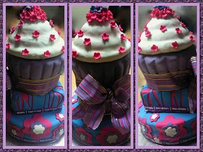 3 tier birthday cake - Cake by Louisa