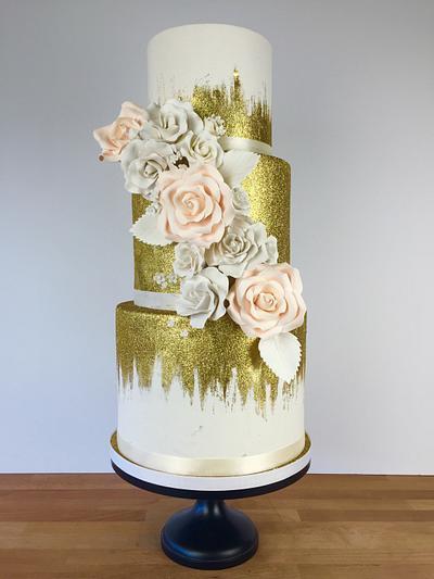 Gold Glitter - Cake by Jacqueline Ordonez