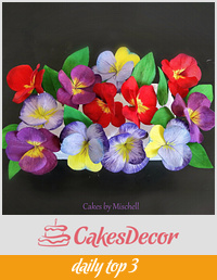 Wafer paper pansy flowers