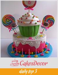 Niki's Candy Cake