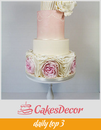 Pretty in pink- omber ruffle wedding cake