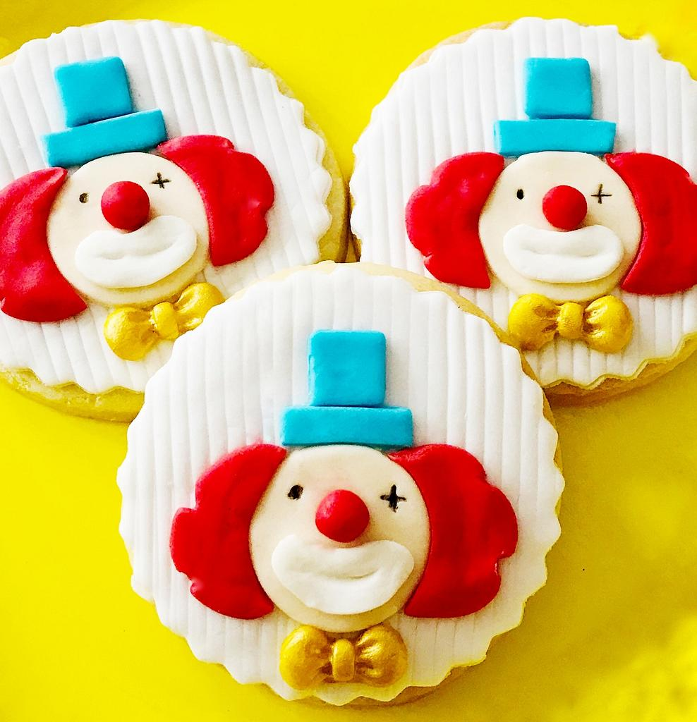 🤡 Clown Cookies 🤡 by Bombshell Bakes