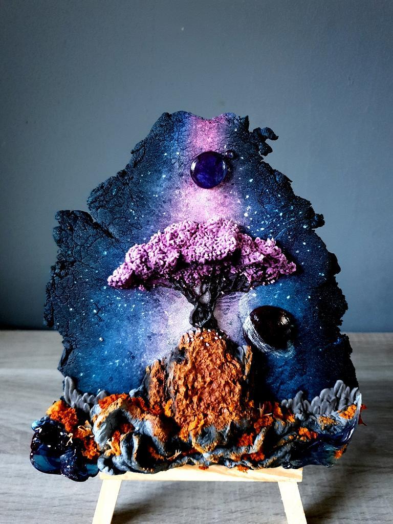 Space Tree by Radoslava Kirilova (Radiki's Cakes)