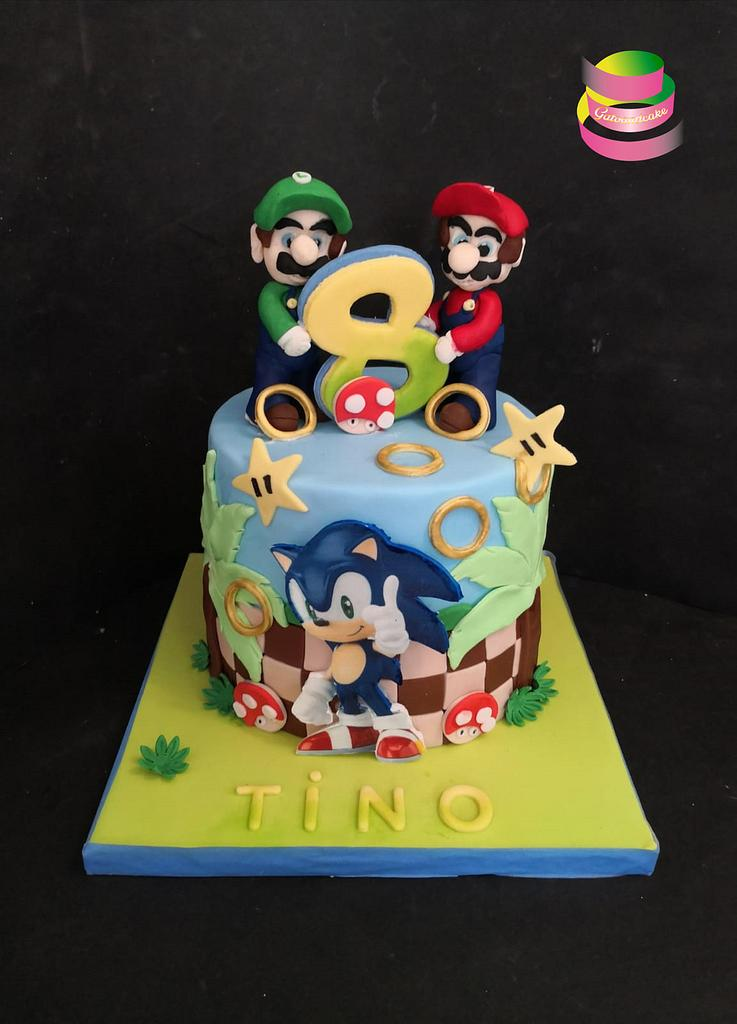 Mario and Sony cake by Ruth - Gatoandcake