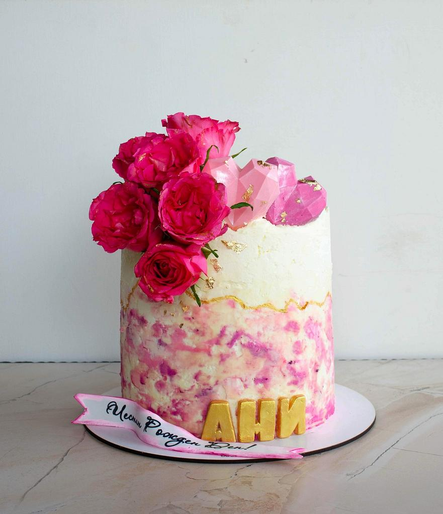 Birthday cake with roses and hearts by TortIva