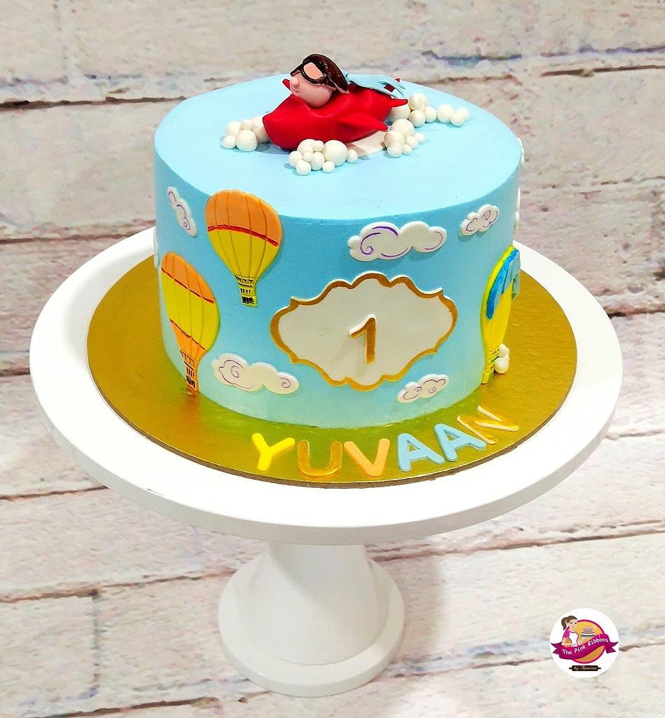 1st Birthday Cake  by Aparnashree