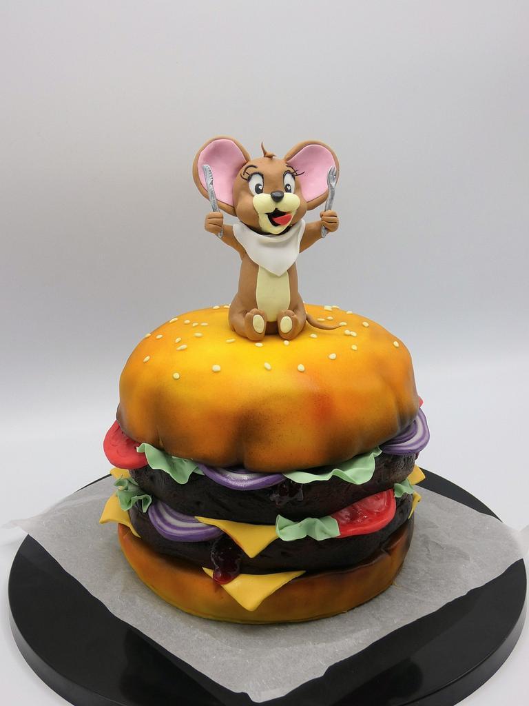 Hamburger  by Olina Wolfs