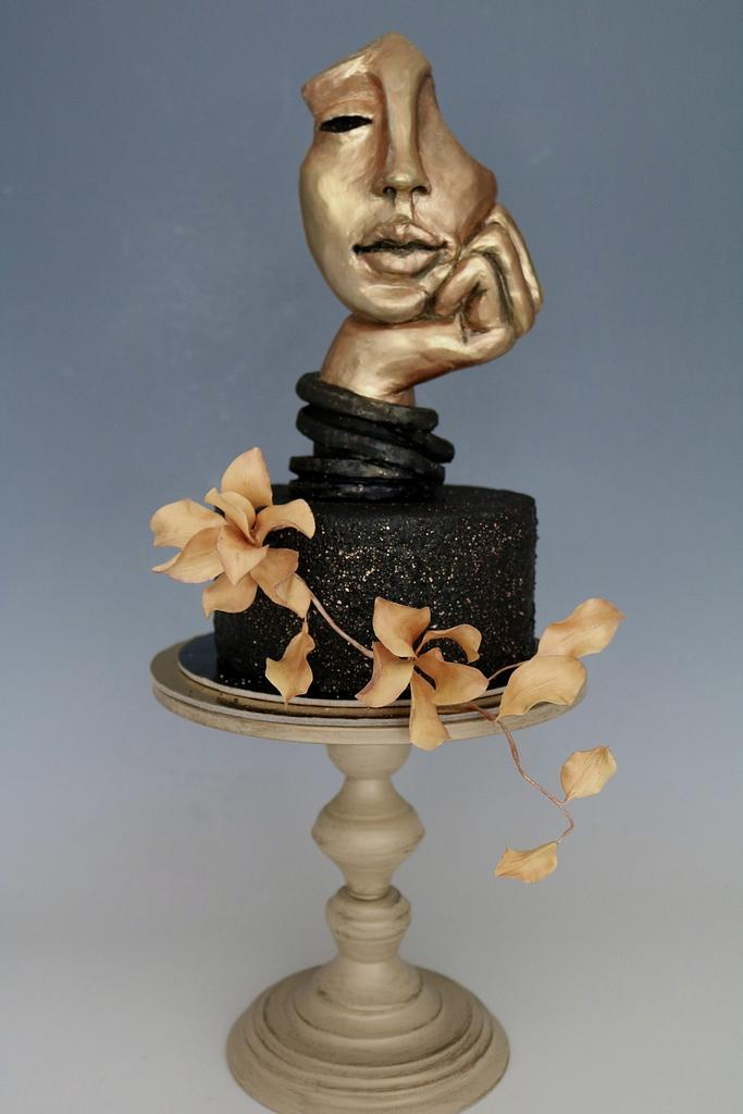 Sculpture cake by tomima