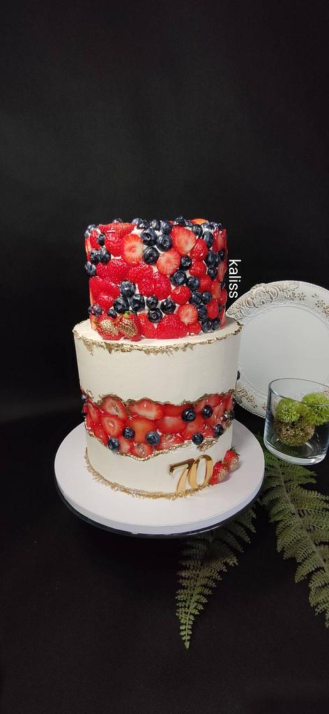 Fruit  fault cake by Kaliss