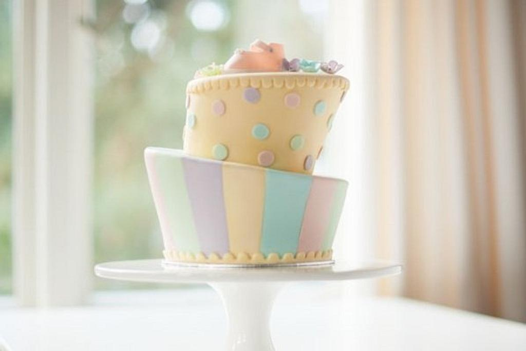Baby´s Pastel Stripes Cake by Ligia De Santis