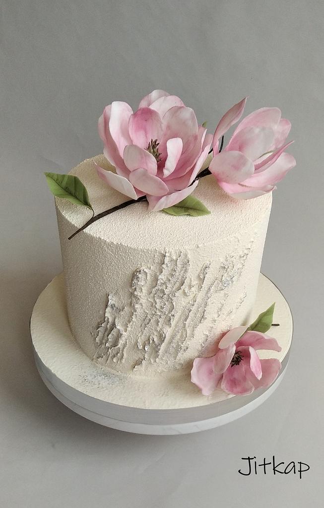Magnolia cake by Jitkap