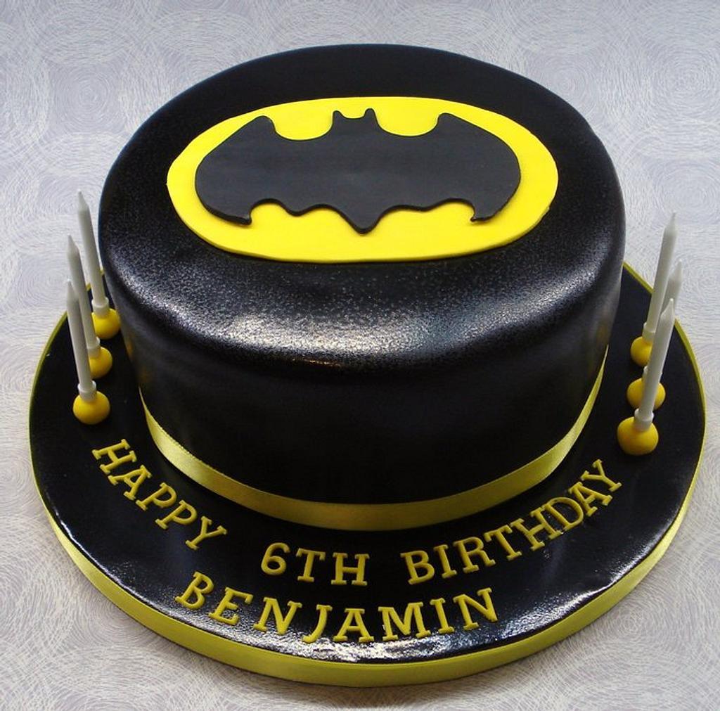 Batman cake by That Cake Lady