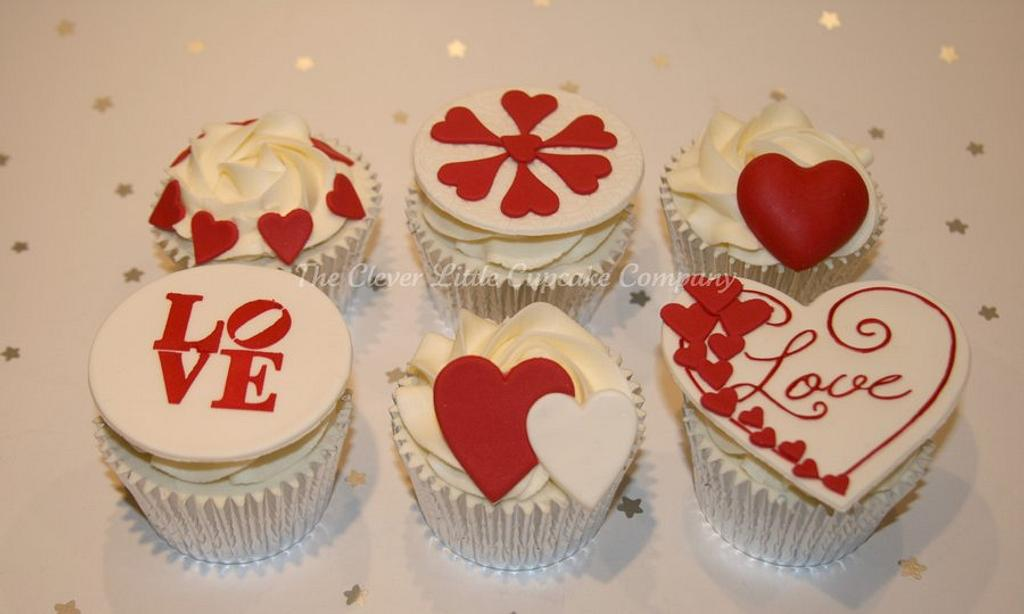 Wedding Cupcakes by Amanda's Little Cake Boutique