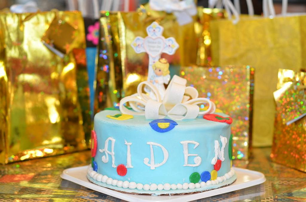 Aiden's baptism cake by sweetpea417