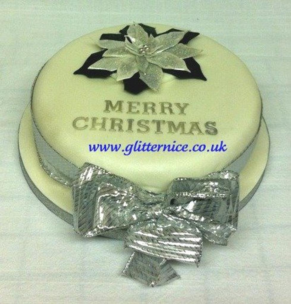 School Raffle Christmas Cake by Alli Dockree