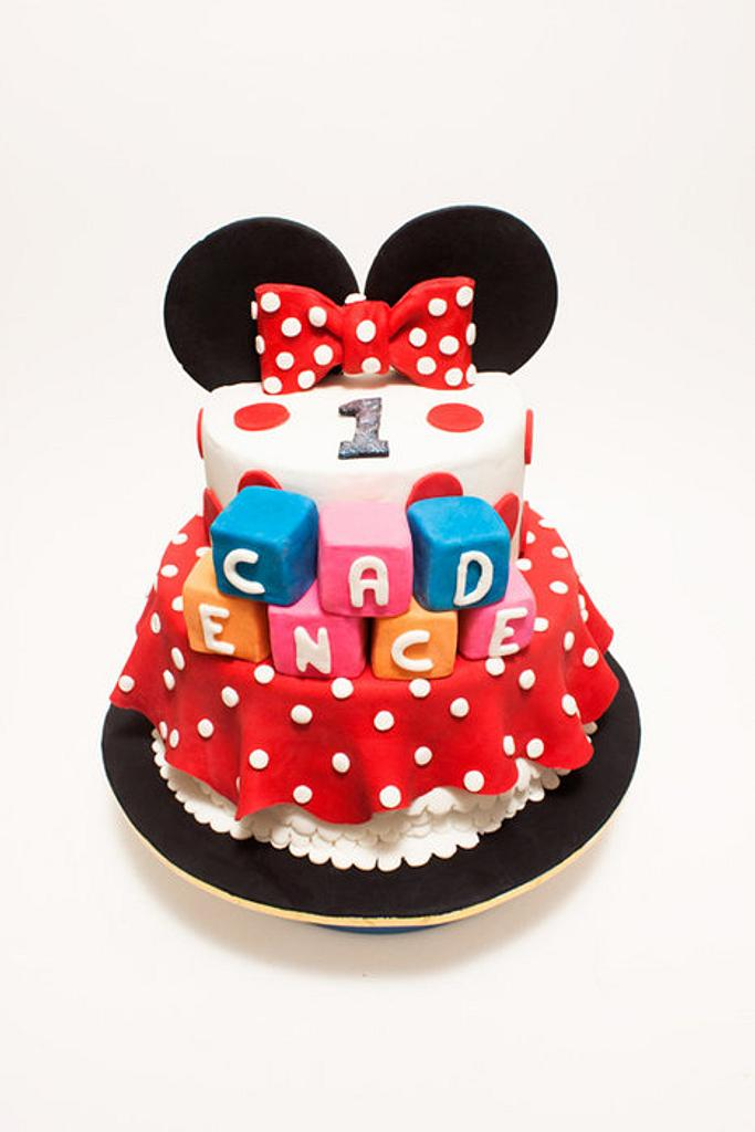 Minnie Mouse Cake  by Paula R