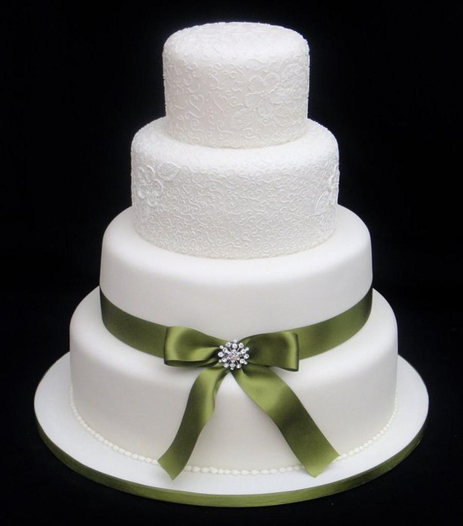 Caroline - Wedding Cake by Ceri Badham