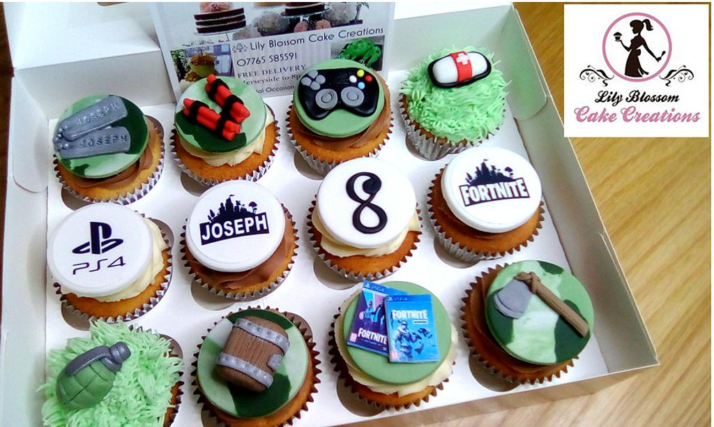 Gaming Cupcakes by spongebobcakes