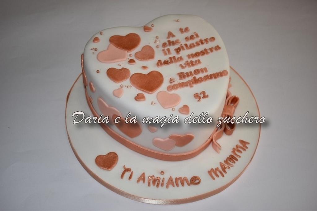 Heart cake by Daria Albanese
