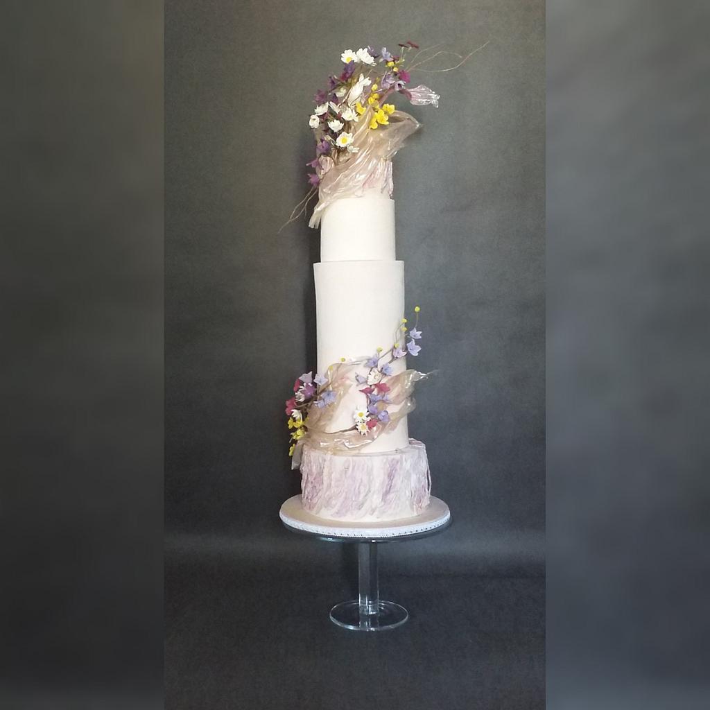 Wedding cake with meadow flowers  by Tassik