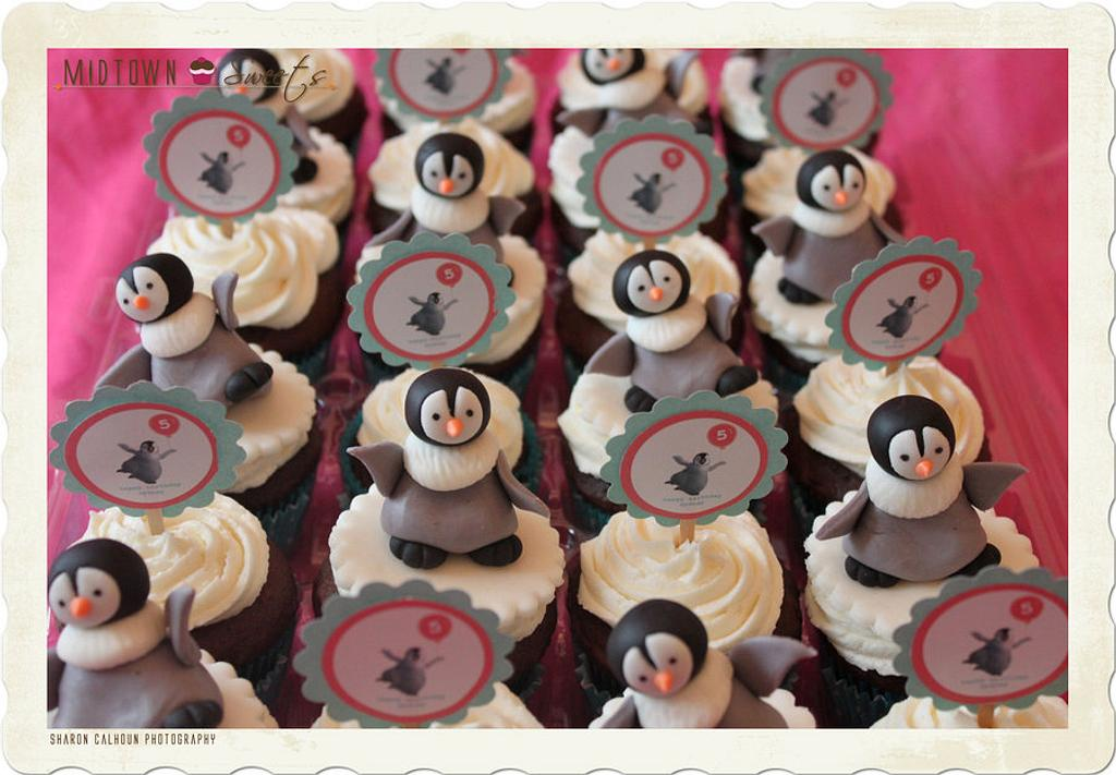 HAPPY FEET PENGUIN CUPCAKES by Midtown Sweets