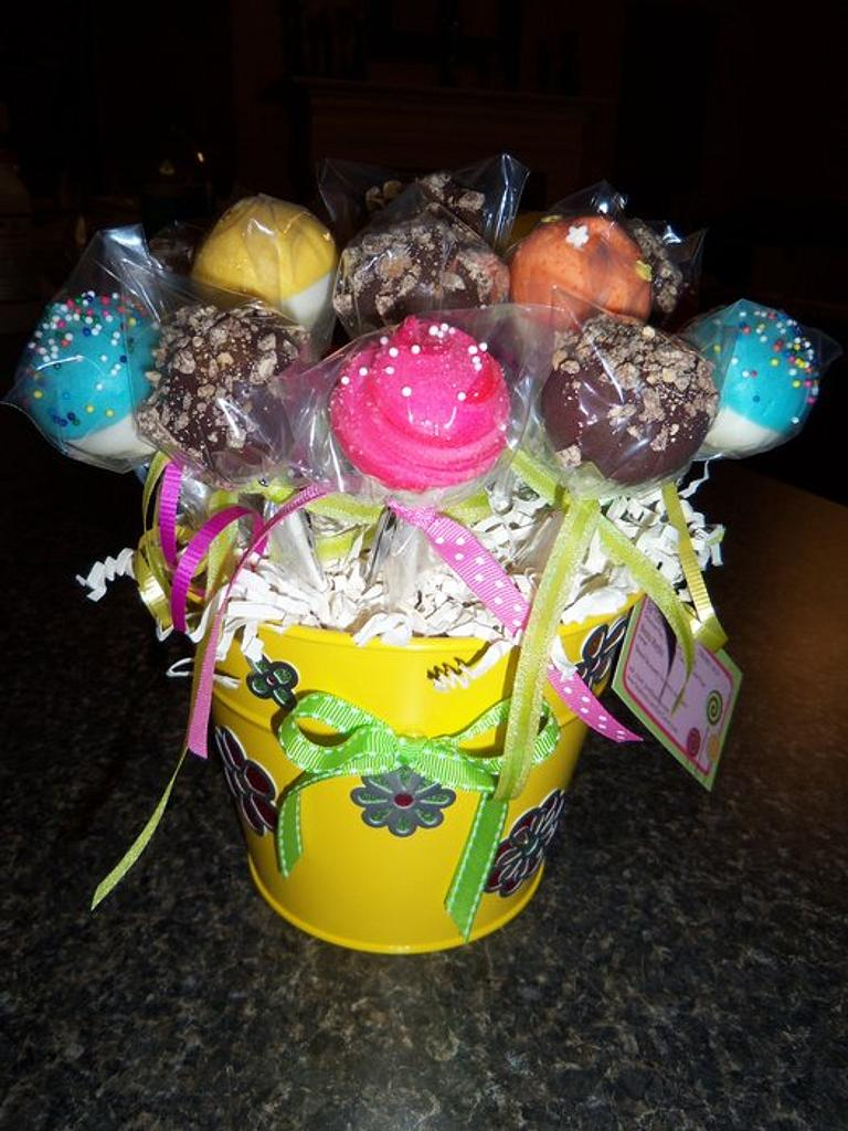 Spring cake pops by Monica@eat*crave*love~baking co.