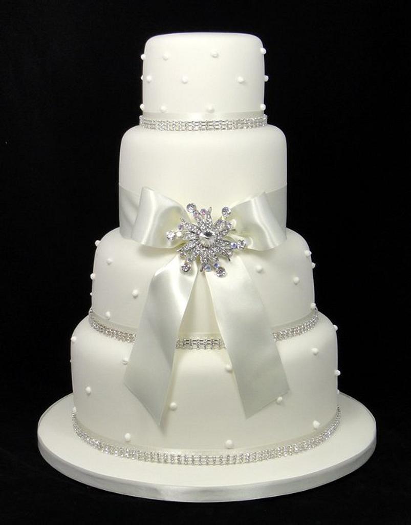 Kimberley Wedding Cake by Ceri Badham