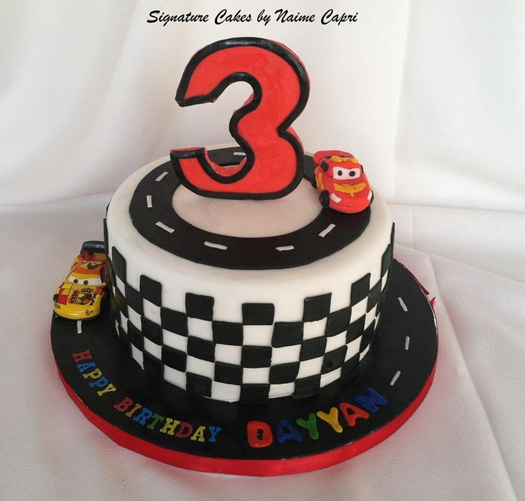 lightening Mcqueen Cake by SignatureCake