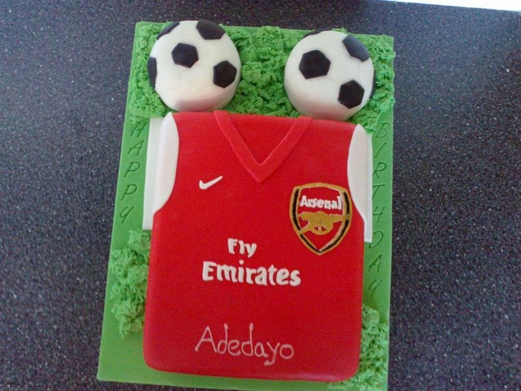 arsenal cakes by Doyin