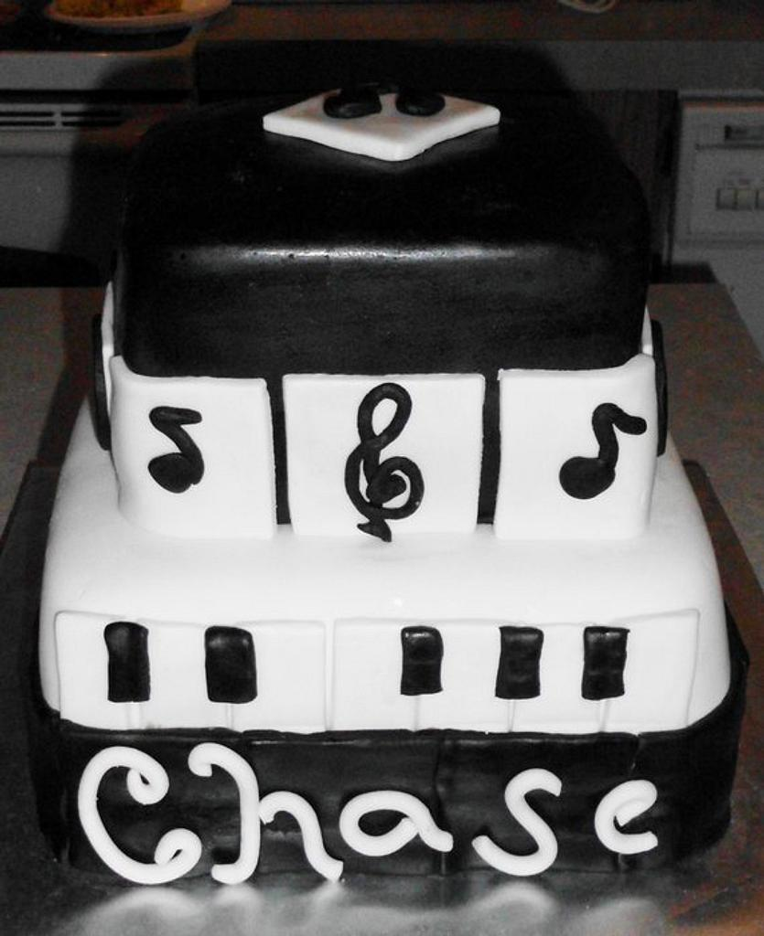 Music Cake by Carrie Freeman