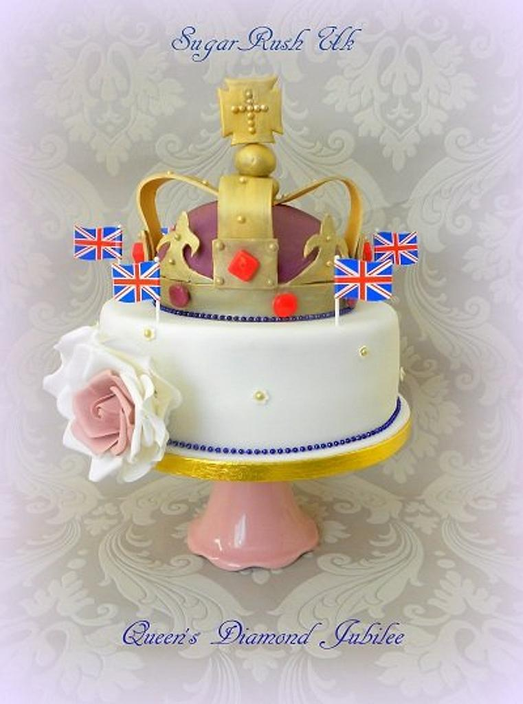 Queen's Diamond Jubilee Cake by Syma