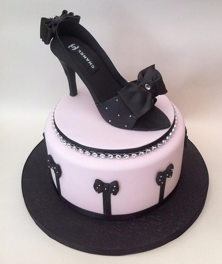 Chanel Shoe Cake by Chocomoo
