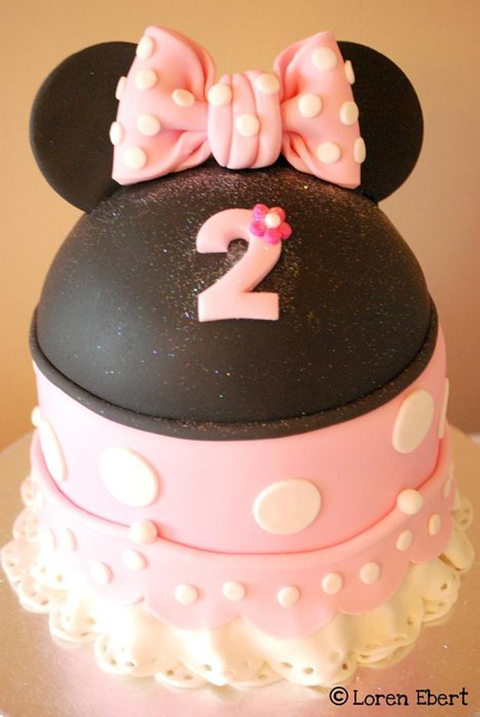 Minnie Mouse Cake! by Loren Ebert