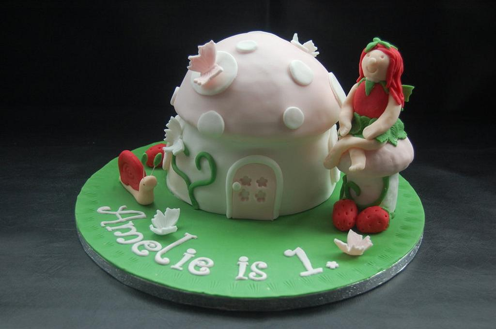 Fairy Toadstool by Ruth's Cake House