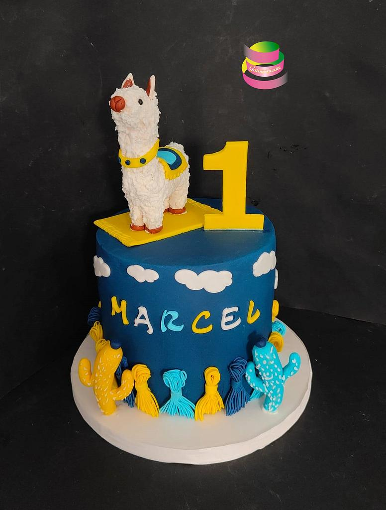 First Birthday cake by Ruth - Gatoandcake