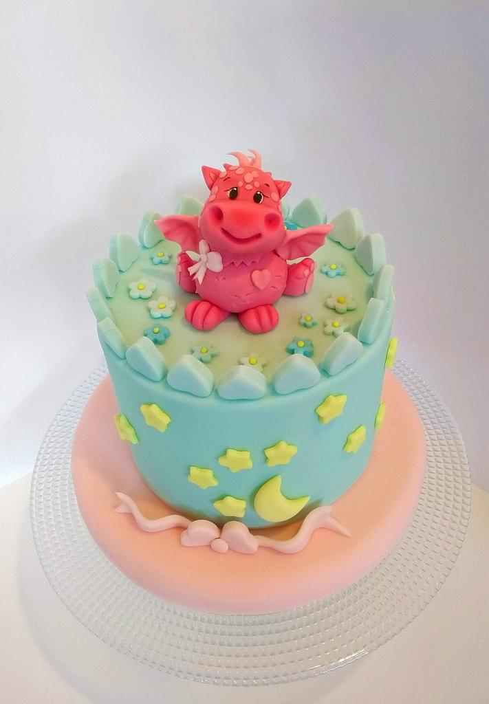 Dragon cake by Clara