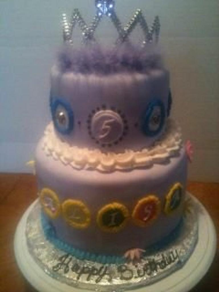 Princess Cake by tasteeconfections